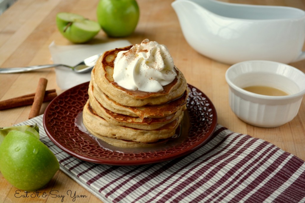 Apple Cinnamon Pancakes 498