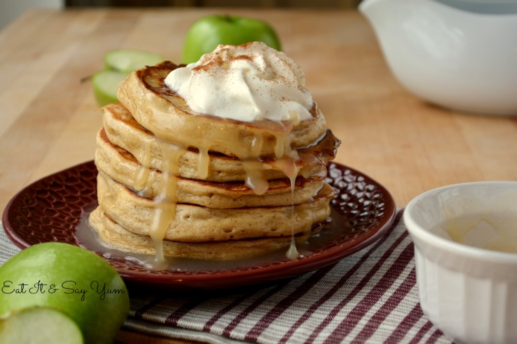 Apple Cinnamon Pancakes with Buttermilk Syrup  517