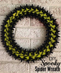 DIY-Spooky-spider-wreath