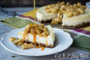 Vanilla Bean Cheesecake with Apples and Caramel at www.eatitandsayyum.com
