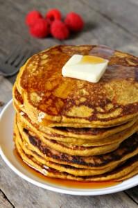 whole-wheat-pumpkin-pancakes-4-682x1024