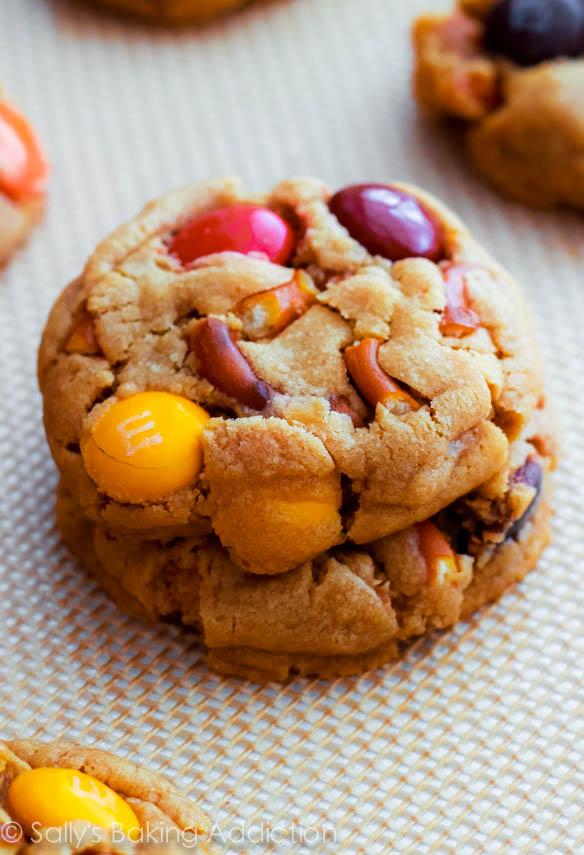 Peanut-Butter-Pretzel-M+M-Cookies-2