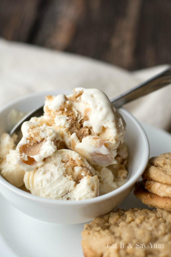 Peanut Butter Cookie Ice Cream- packed with peanut butter flavor and REAL peanut butter sandwich cookies!