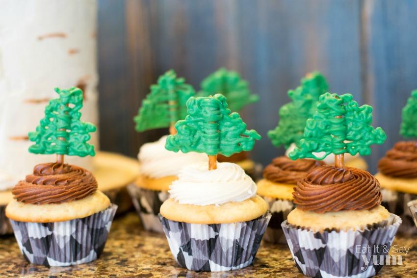 Boys Lumberjack birthday party cupcakes